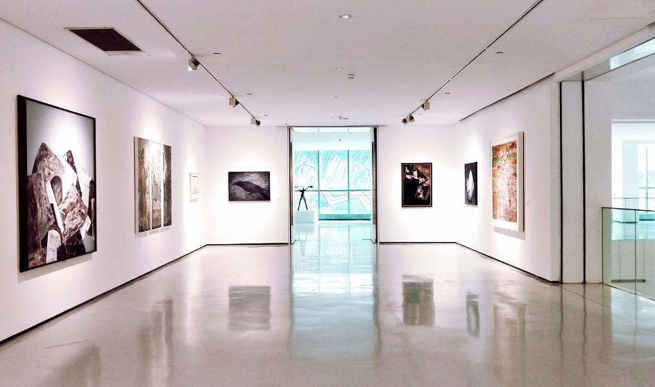 Room full of canvas art